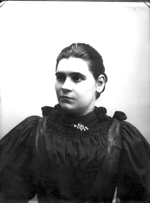 Porträtt av Emelie Carlsson.