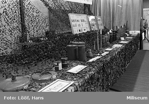 Regementets Dag. Materielutställning i rikthallen. Ammunition.