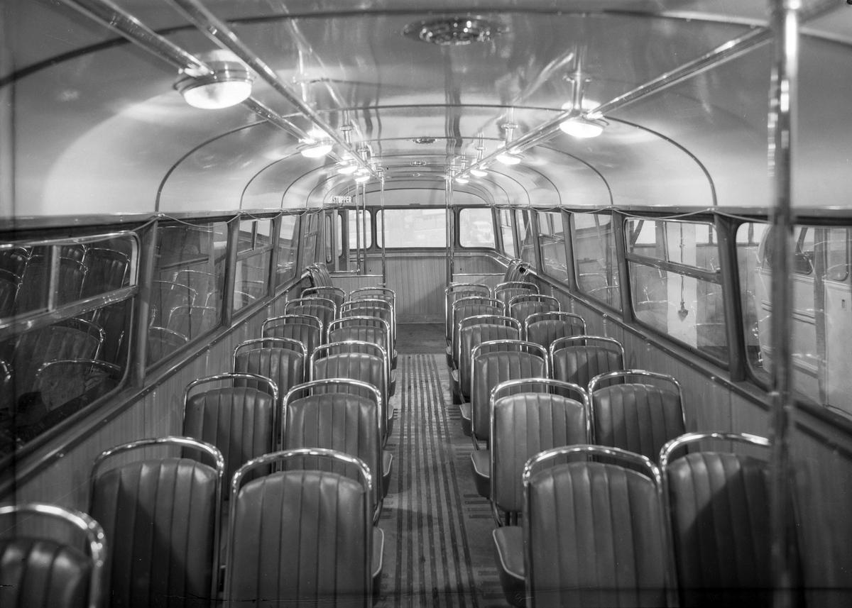 Buss fra Trondheim Bilruter. Eksteriør og interiør på Laderuta
