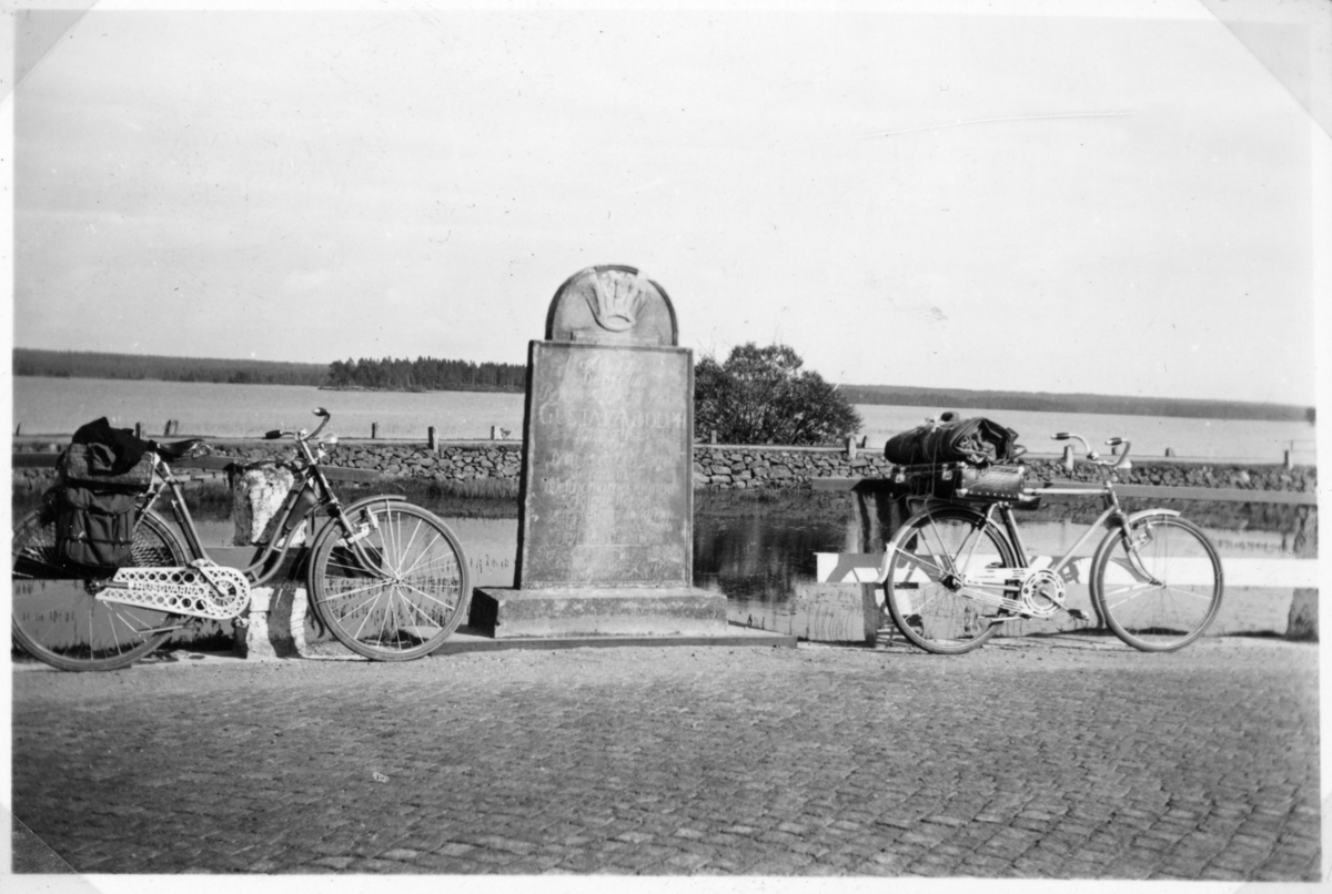 """Vänern runt på cykel. """"Nerike - Västergötland"""""""