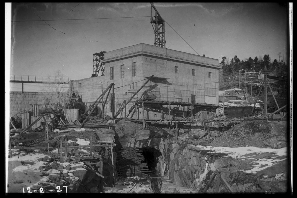 Arendal Fossekompani i begynnelsen av 1900-tallet CD merket 0468, Bilde: 34 Sted: Flaten Beskrivelse: Bygningen tatt nedefra