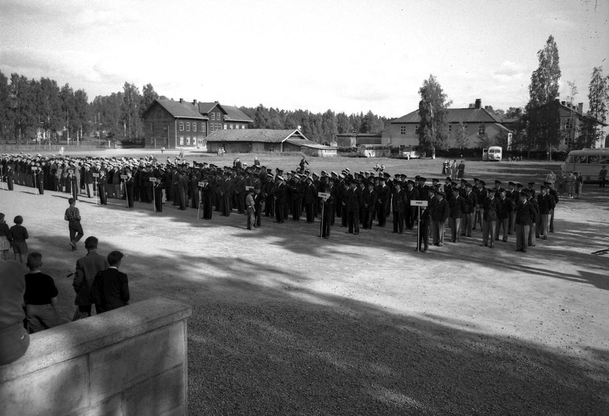 Musikere foran Folkvang skole