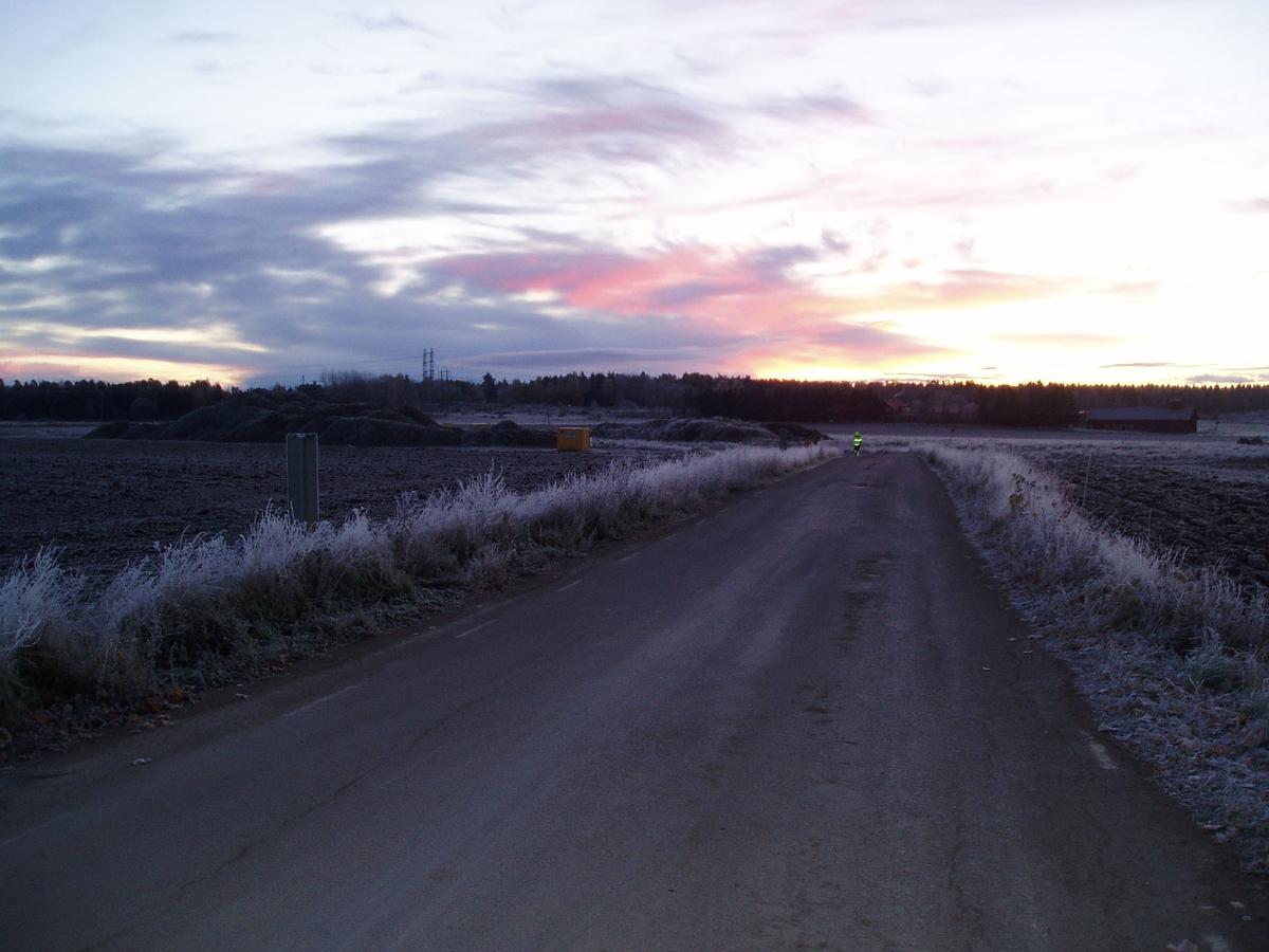 Kall höstmorgon över Bredåker, Gamla Uppsala 2003