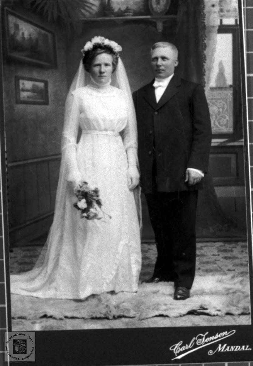 Asborg og Theodor Apesland - brudebilde