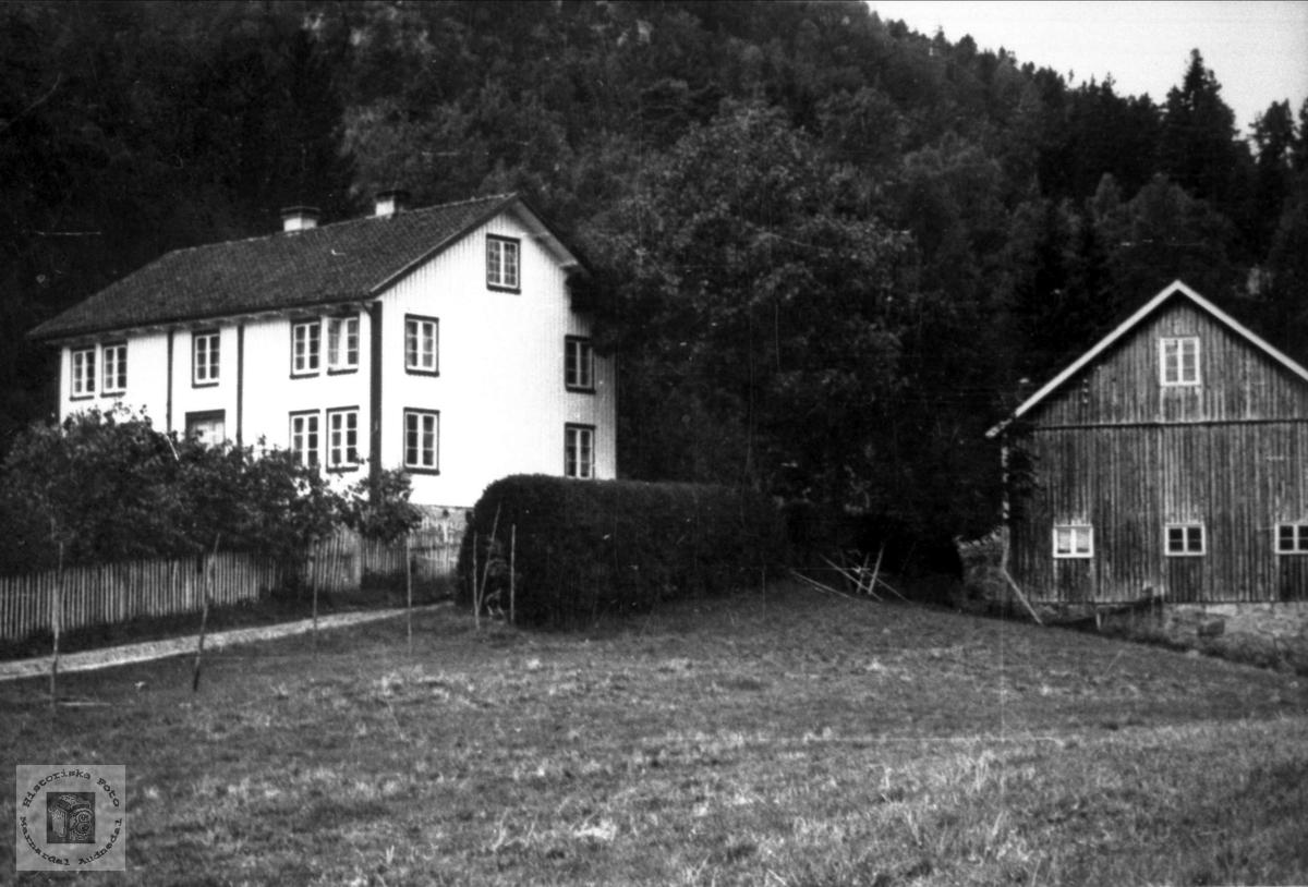 """Garden Foss Øvre """"Lunnan"""" i Bjelland."""