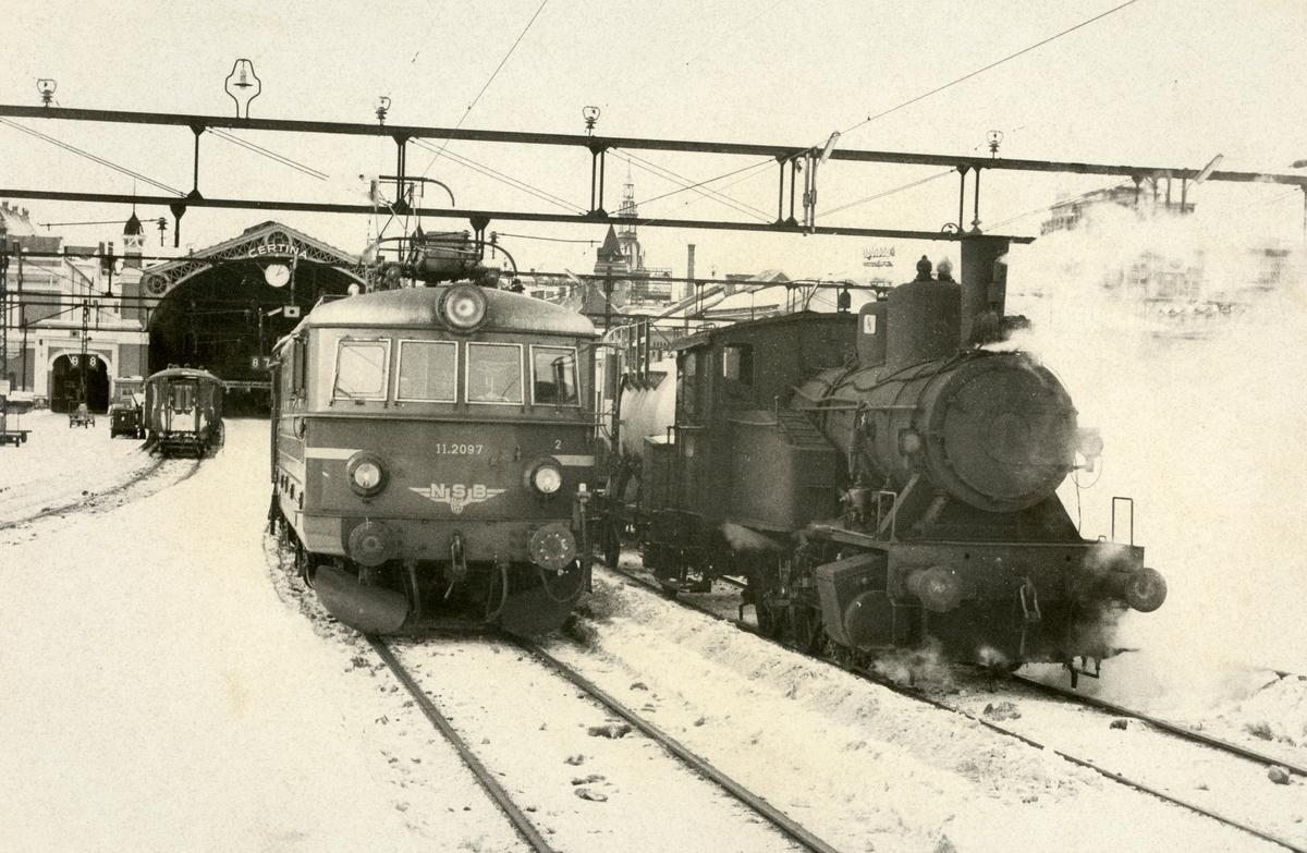 Damplok type 23b og El. 11 2097 på Oslo Ø