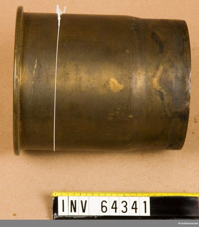 Grupp F II.  10,5 cm x 13,6 cm.