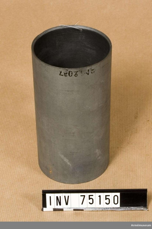 Grupp F:III.(överstruken) V. Schamplun av zink för färdiga framladdningar till refflade framladdningskanoner m/1863 av 8 cm kaliber.