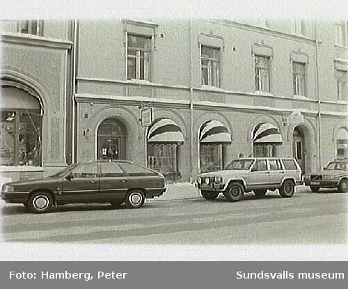 Dokumentation av Medelpads Slöjd AB,Storgatan 10. Trähantverk  av Tomas Skimutis.