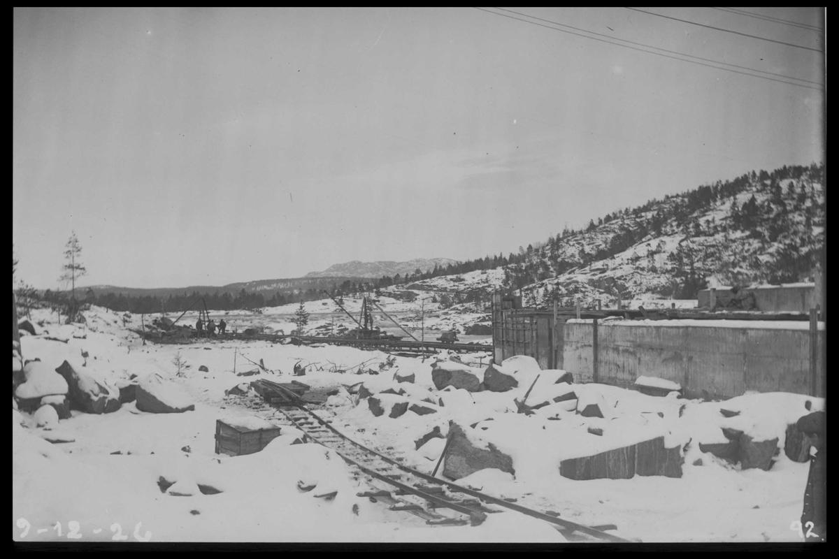 Arendal Fossekompani i begynnelsen av 1900-tallet CD merket 0468, Bilde: 66 Sted: Flaten Beskrivelse: Overløpsområdet ved tømmerløpet