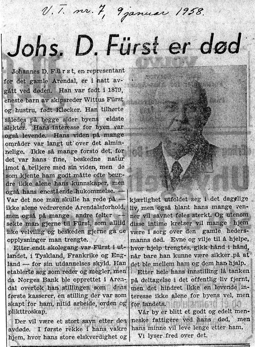 """Fra John Ditlef Fürst fotoalbum. Artikkelklipp """"Johs. D. Fürst er død"""" fra avis 9. januar 1958 V. T. nr 7 - AAks 44 - 4 - 7"""