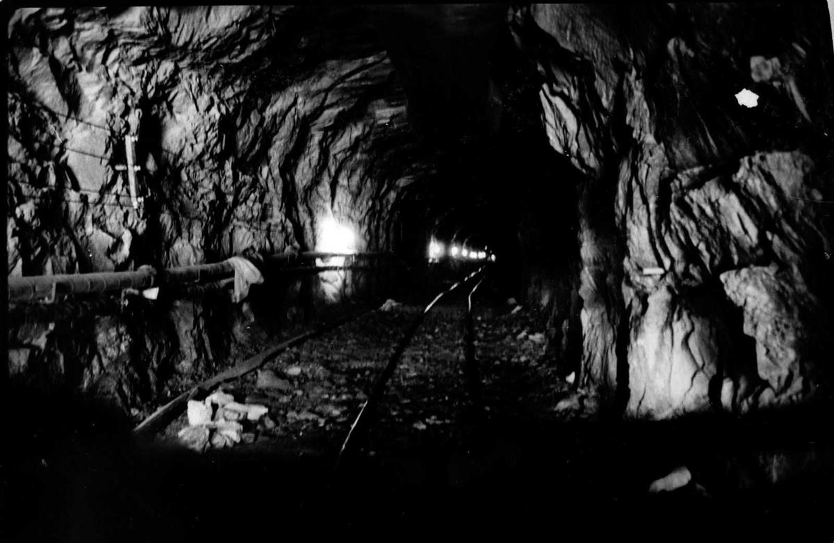 Åmlibilder samlet av Åmli historielag Gjøvdalstunnelen