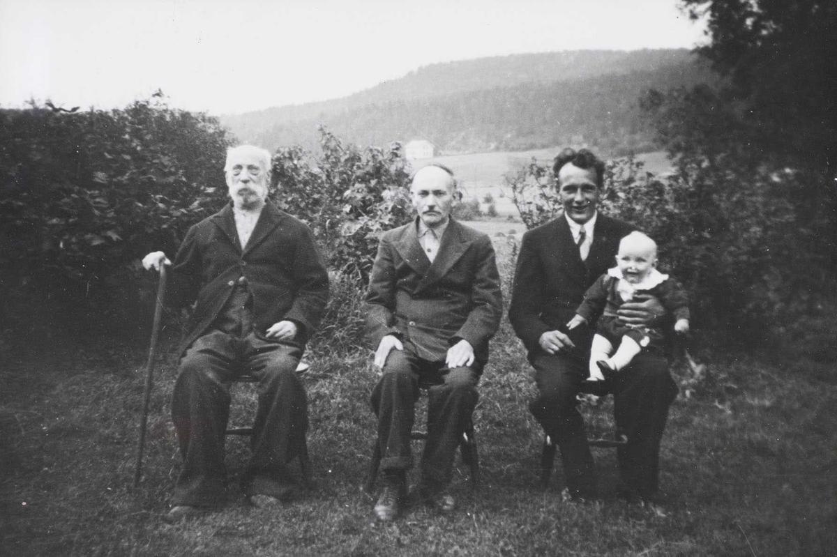 Fire generasjoner på Sandskrok i Søndre Høland