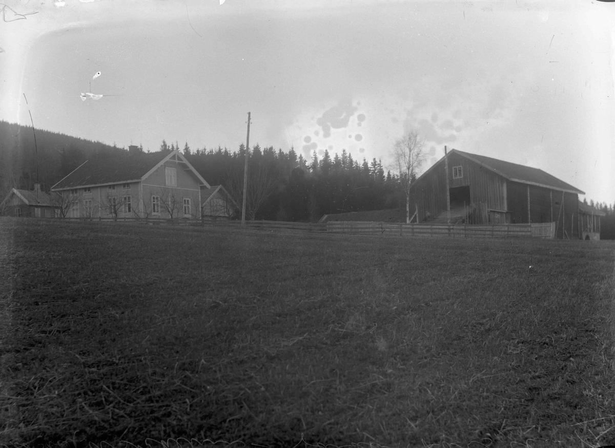 Lars Askheim, gård 1925