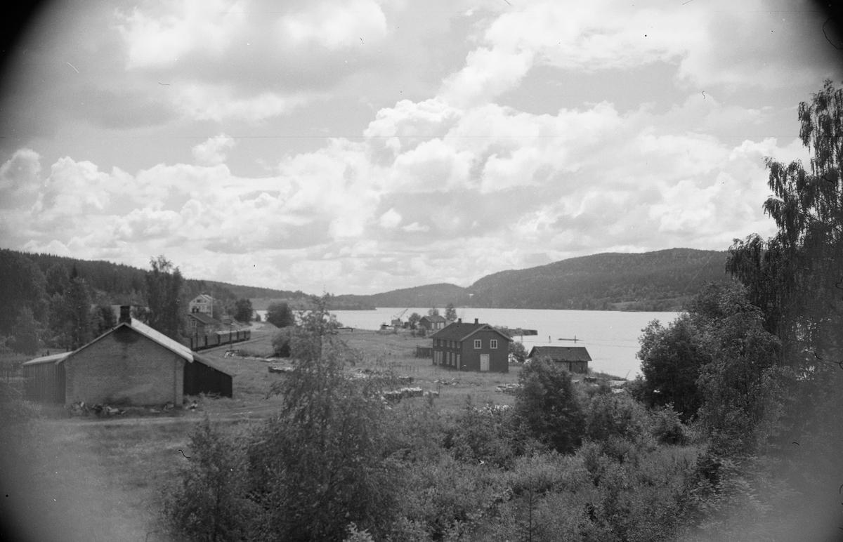 Oversiktsbilde fra Skulerud. Lokomotivstallen i forgrunnen til venstre.