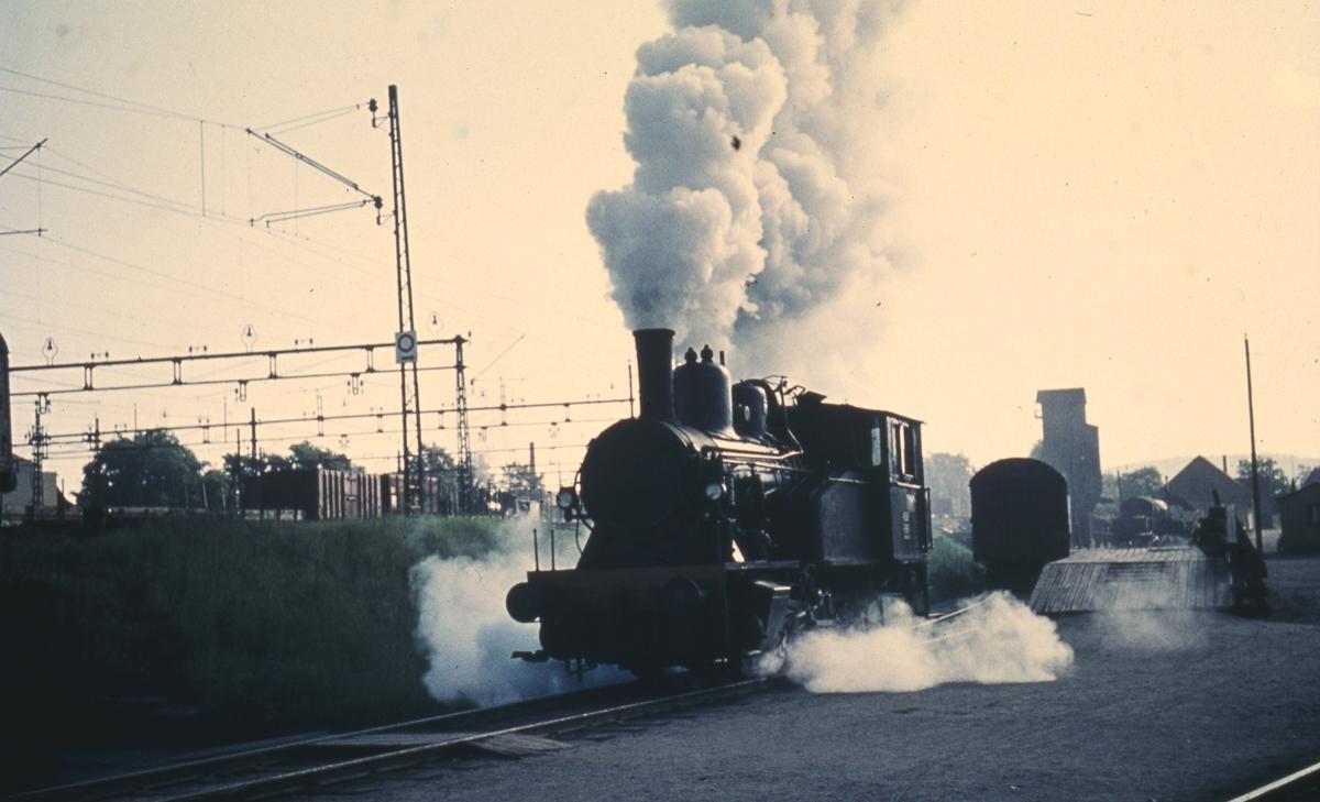 Skiftelokomotiv i tjeneste på Lillestrøm stasjon